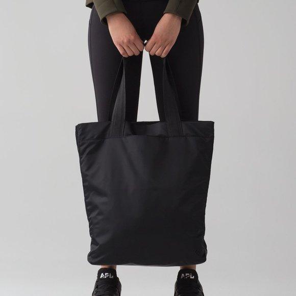 Lululemon NWT Double Up Tote Bag